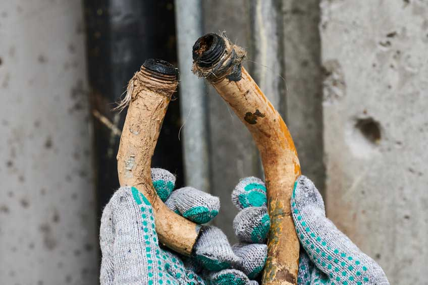 How to Prepare for a Pipe Replacement Service